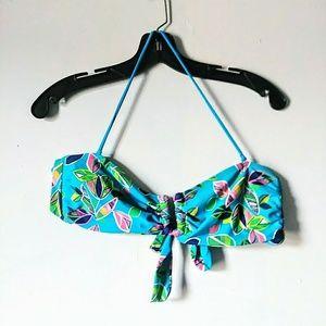 5/$15 Aerie Large Blue Floral Bikini swim Top